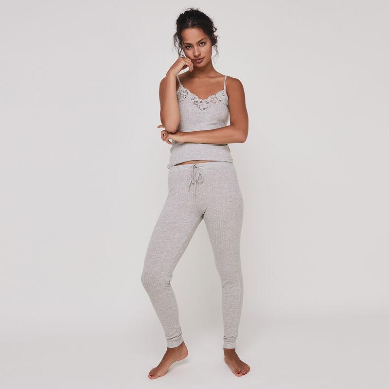 Spodnie z bardzo miękkiego materiału bruvitamiz;