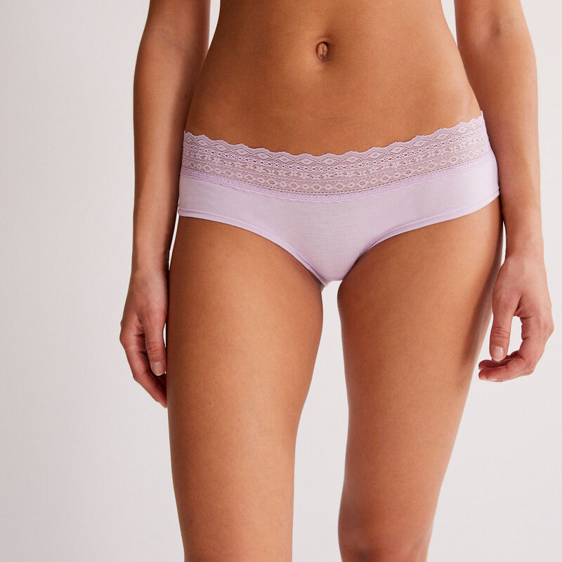 Cotton shorty with lace - lilac;