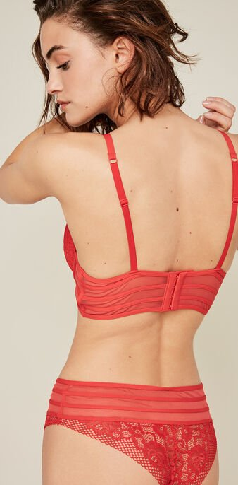 Avriliz red padded bra red.