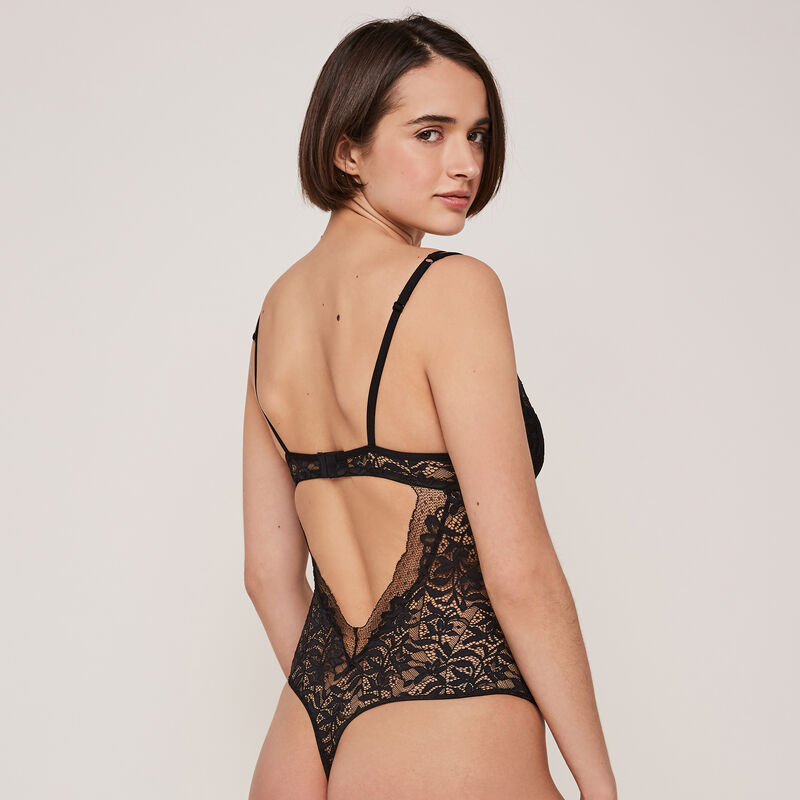 Goldchainiz lace push-up bodysuit with chain detail;