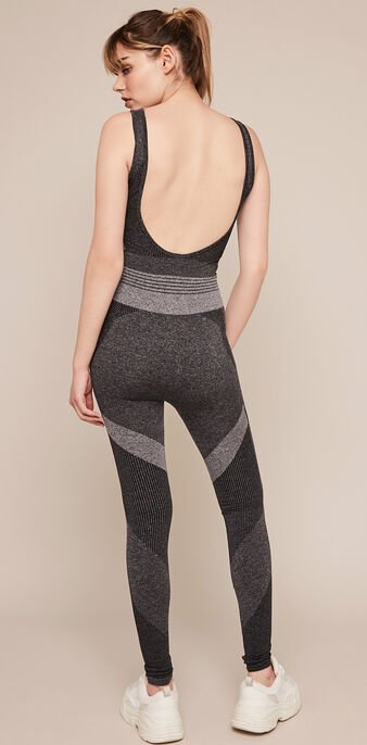 Seamblockiz seamless sports jumpsuit dark grey.