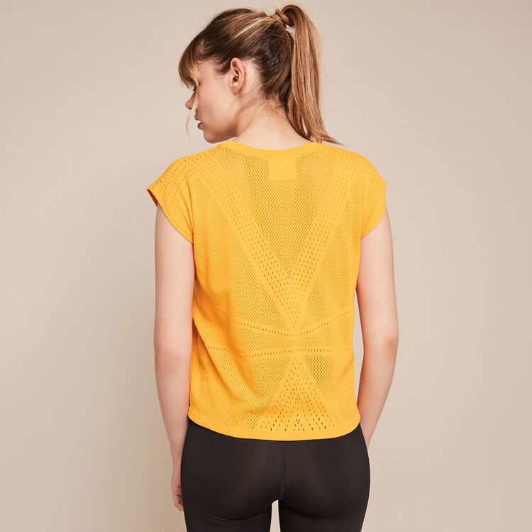 Competitiz sleeveless sports top;