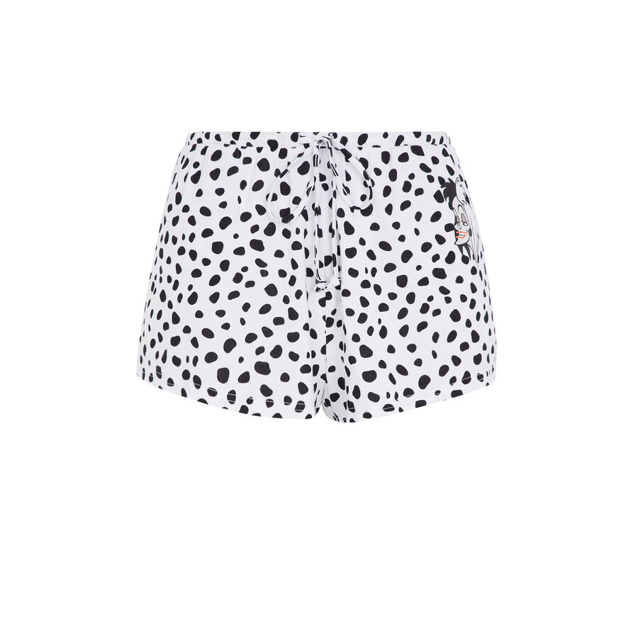 Cruelaiz white shorts;