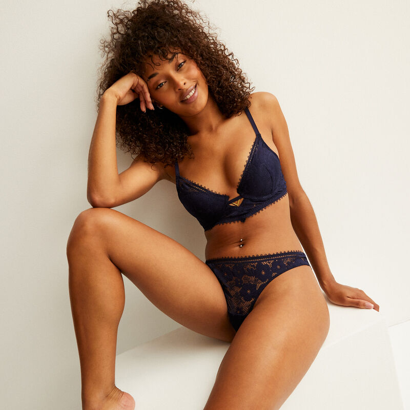 Push-up bra with ringlet trim and jewel detail - blue;