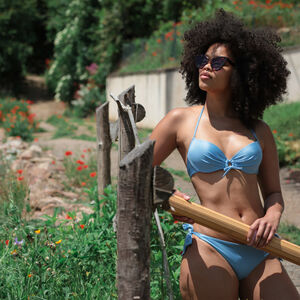 Satin push-up bikini top with neckline detail - blue