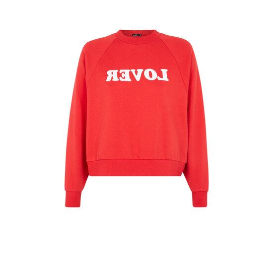 Realoveriz red sweatshirt;