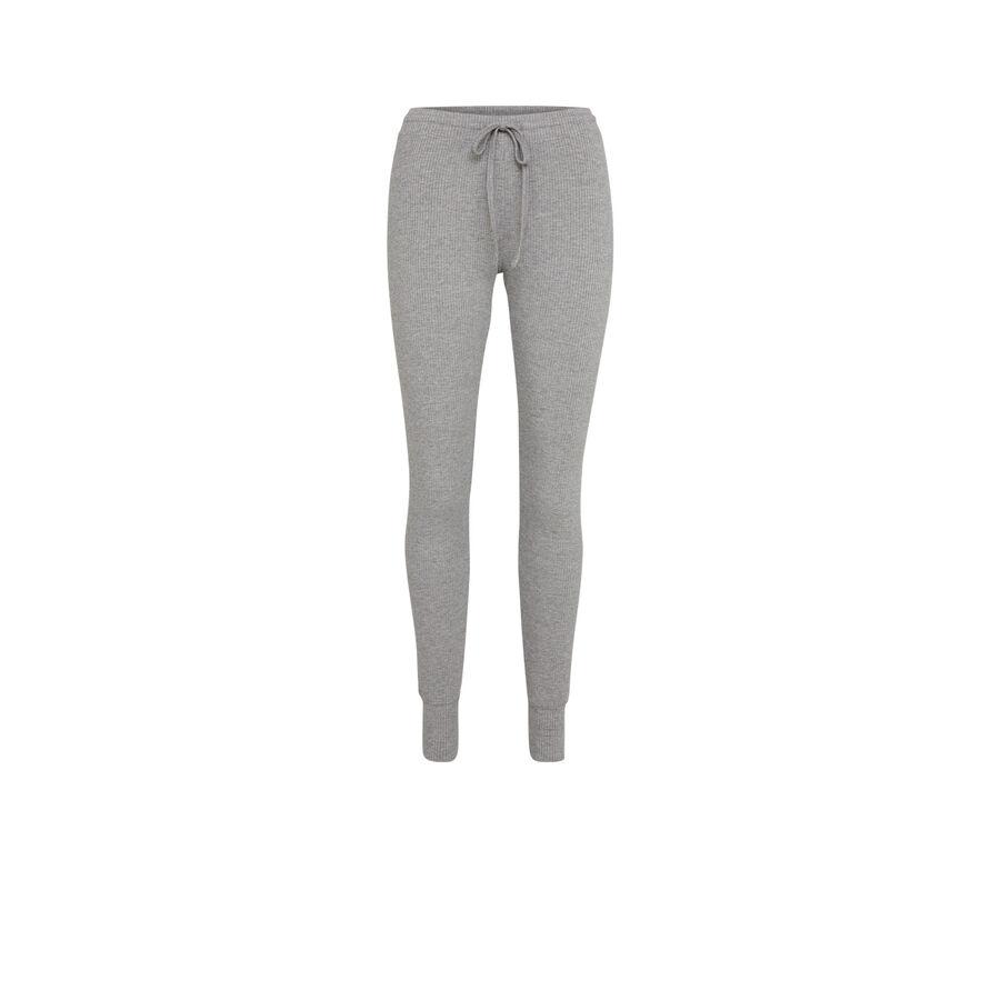 Gray azkiz pants;