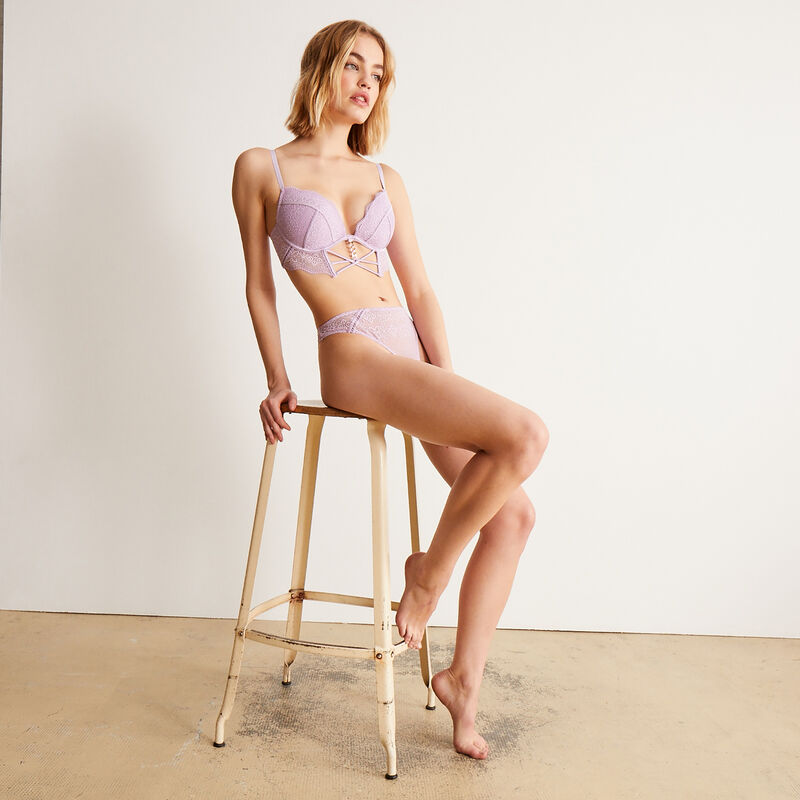 Padded bustier bra with gold chain - lilac;