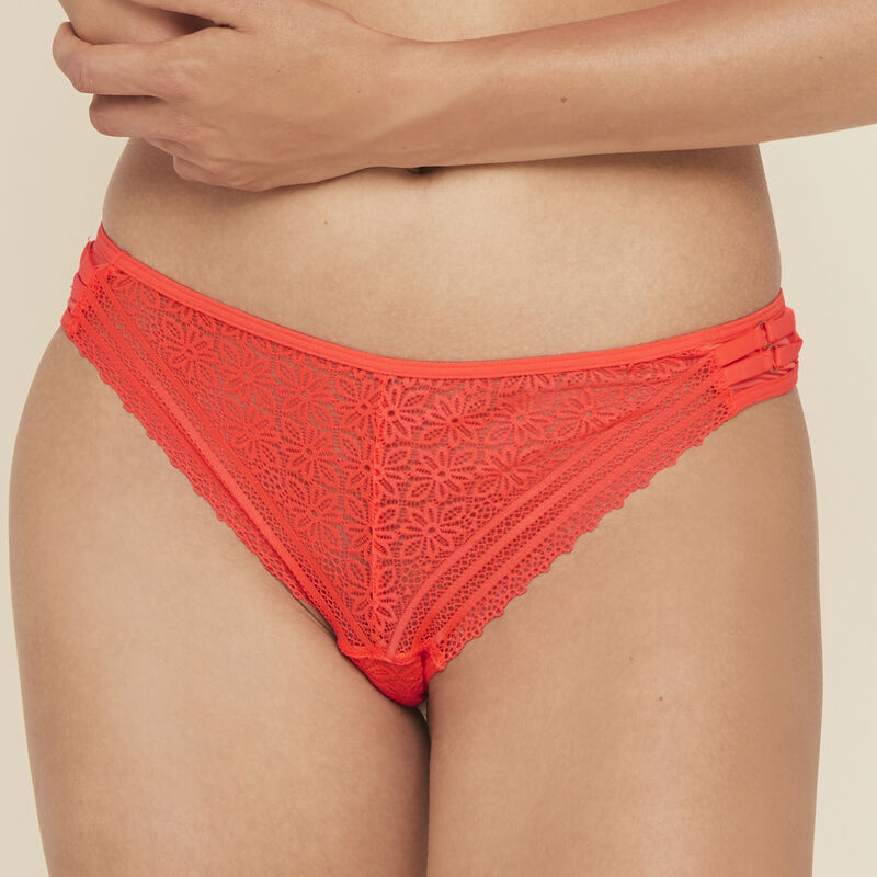 Lace thong with jewellery details;