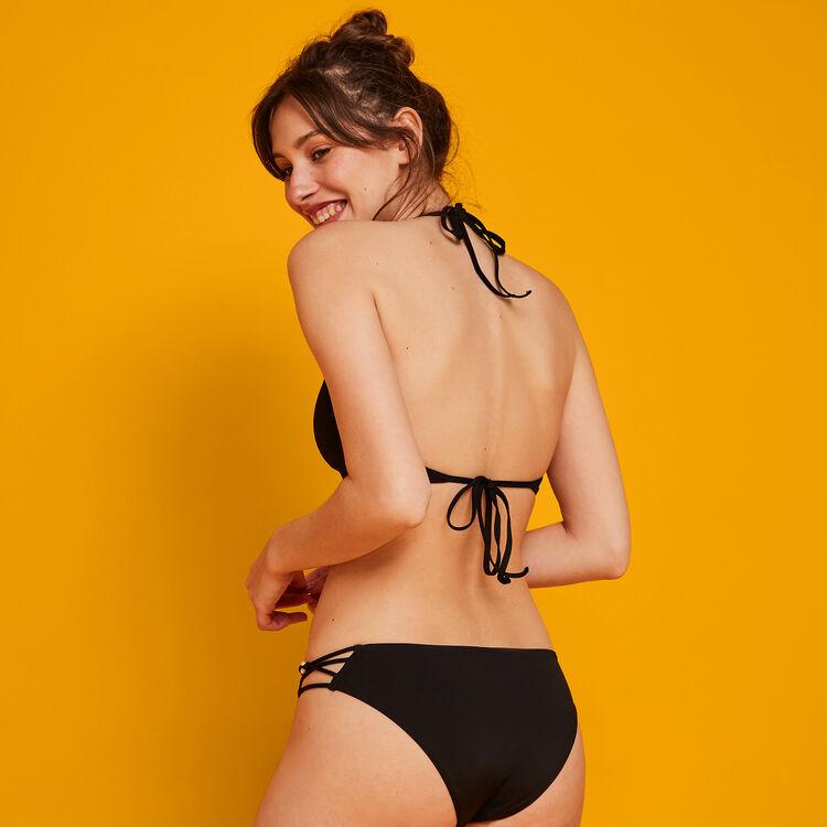 Pachucaniz black bikini top;
