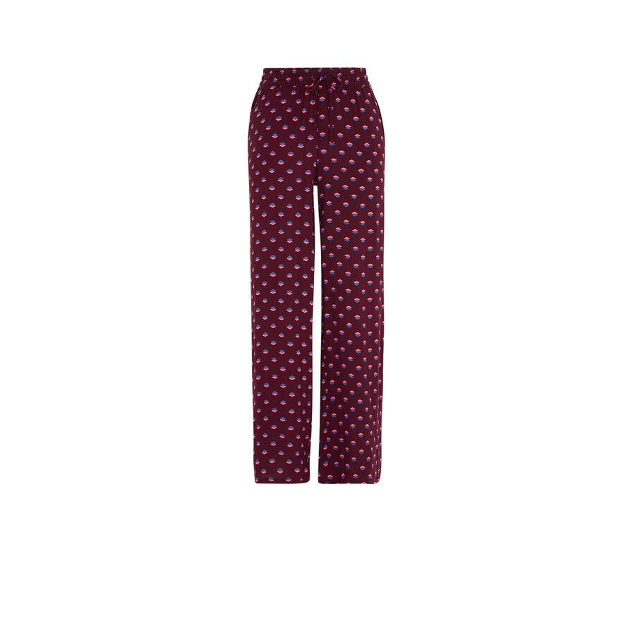 Burgundy kariniz pants;