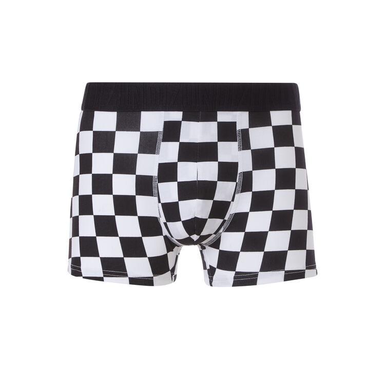 Illusioniz white boxer shorts;
