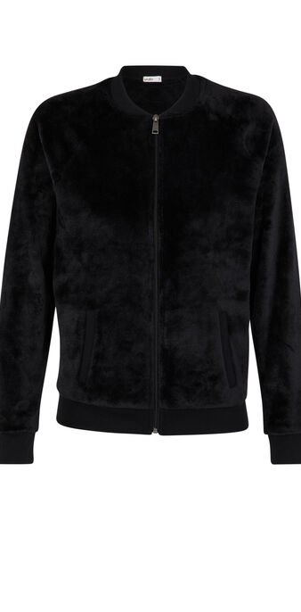 Black tutiliz jacket black.