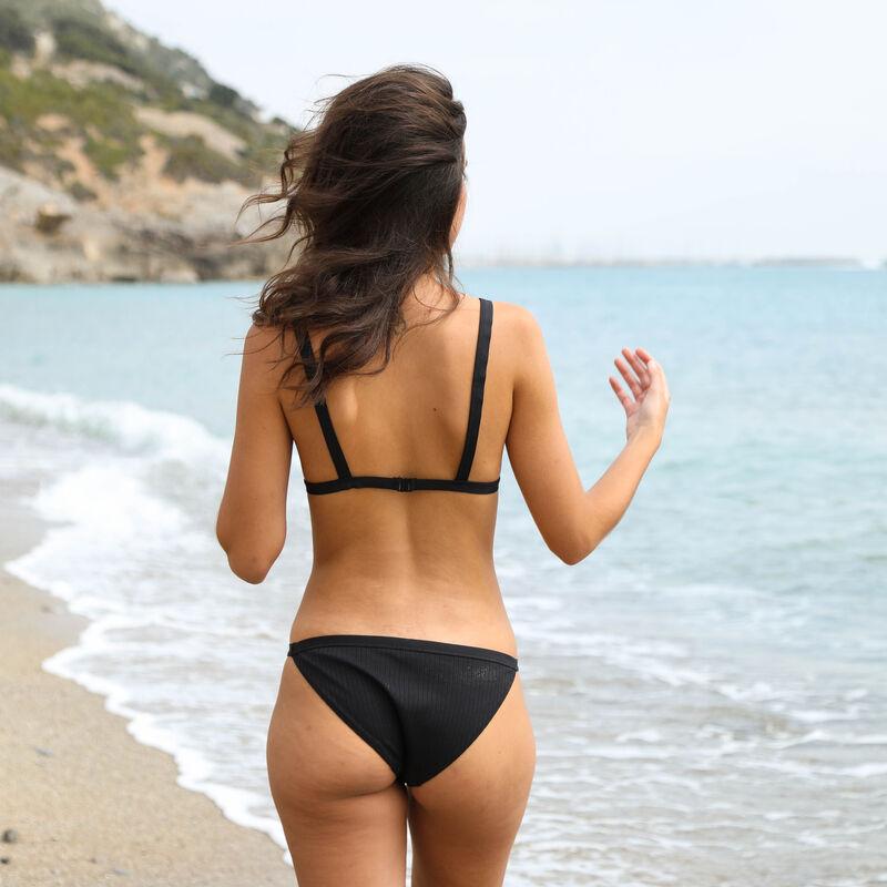 Triangle bikini top - black;