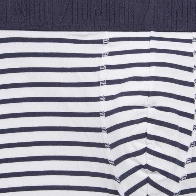 Prisciz navy boxer shorts;