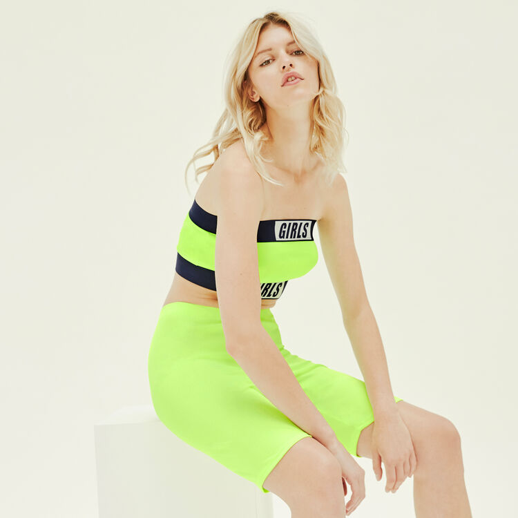 Fluorescent yellow longkimmiz shorts;
