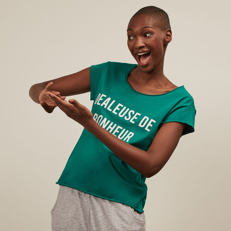 Short-sleeved top with slogan - green;
