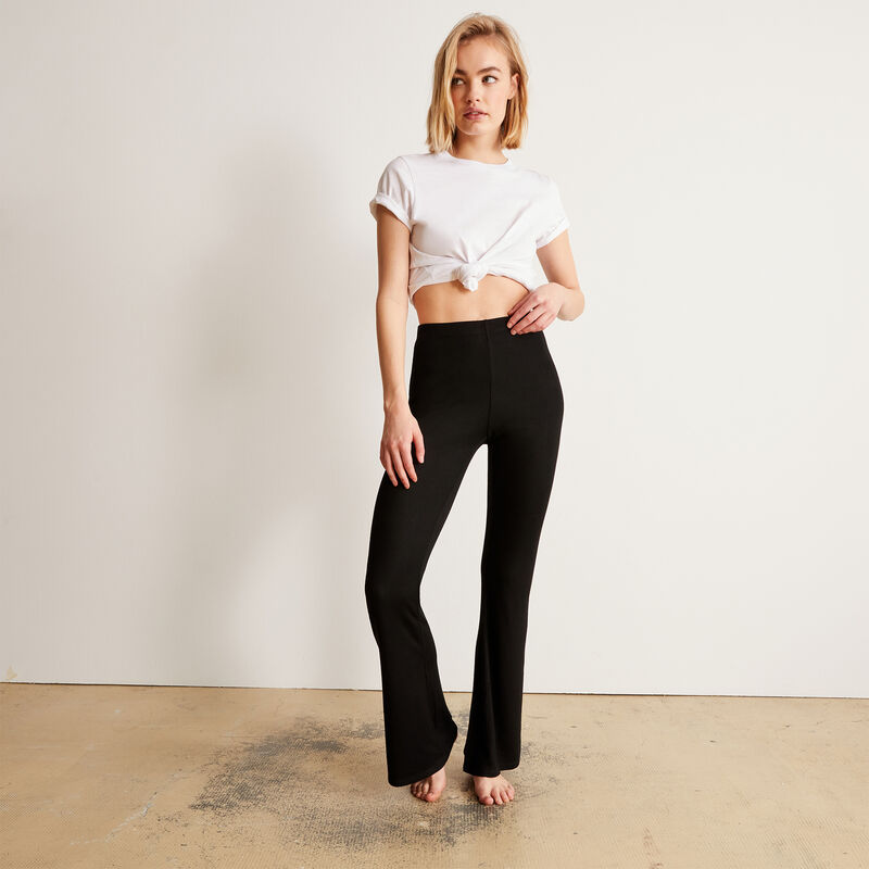 Plain flared trousers - black;