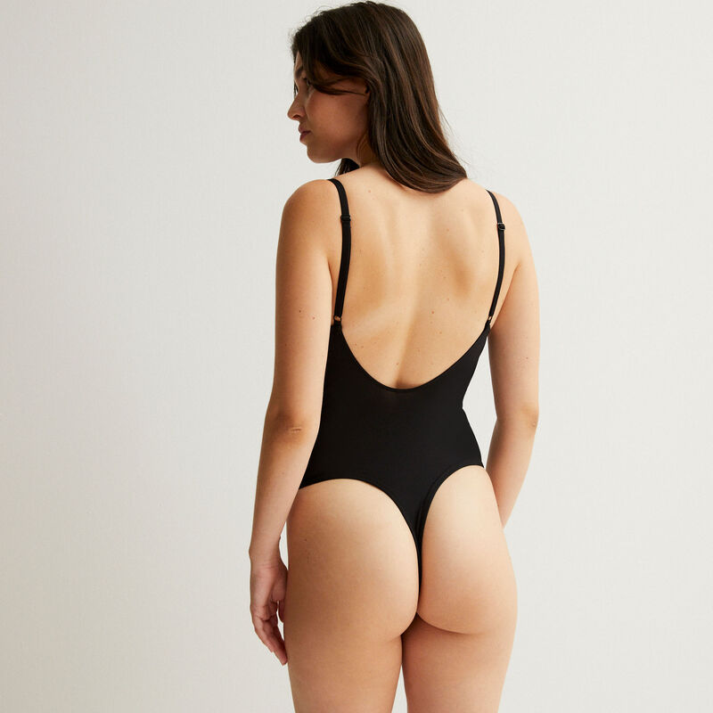 Wireless microfibre body with tulle inserts - black;