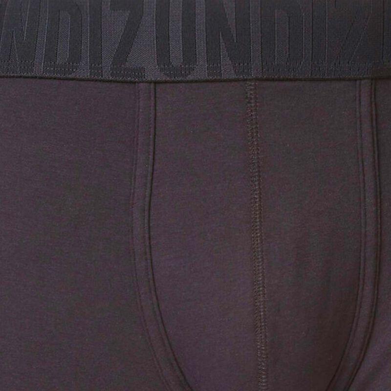 Oreliz black boxers;