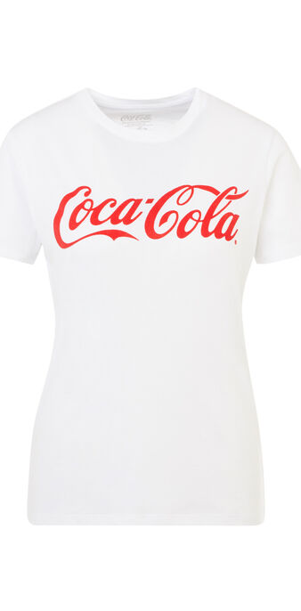Cocacoliz white top white.