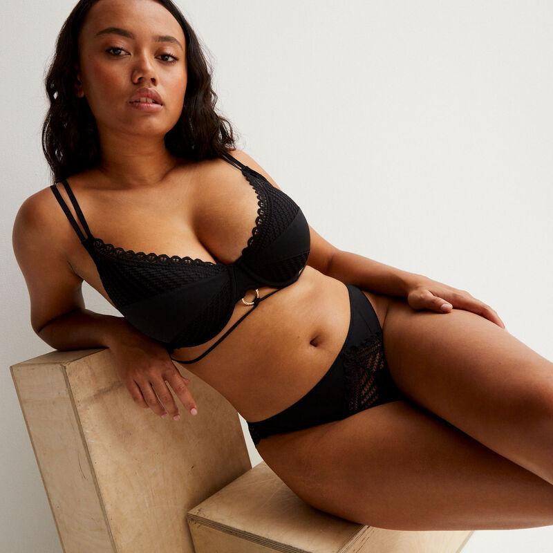 Aya x undiz padded bra with ring detail - black;