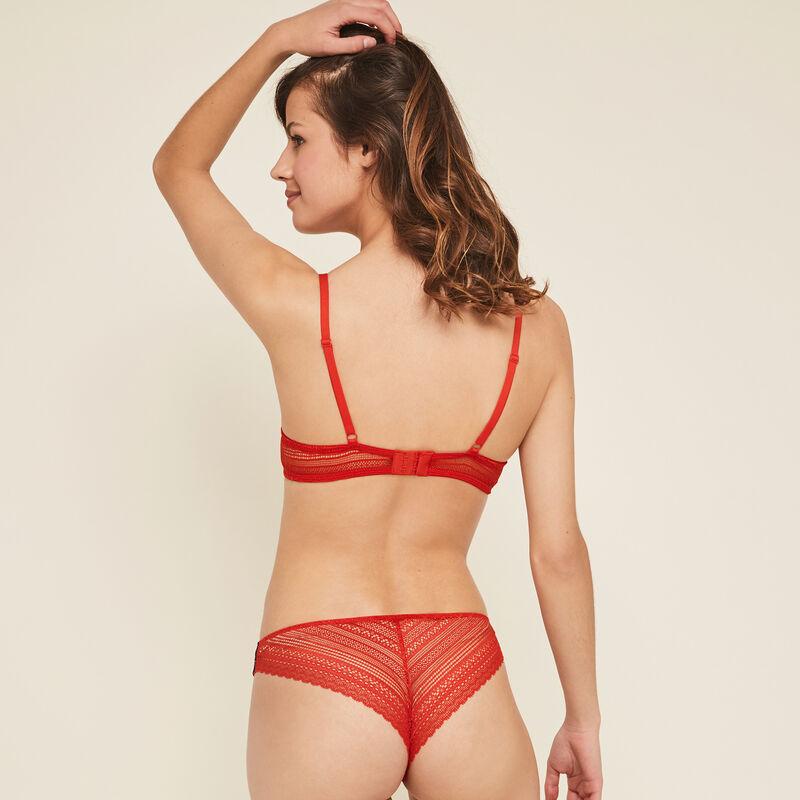 Valliz red push-up bra;
