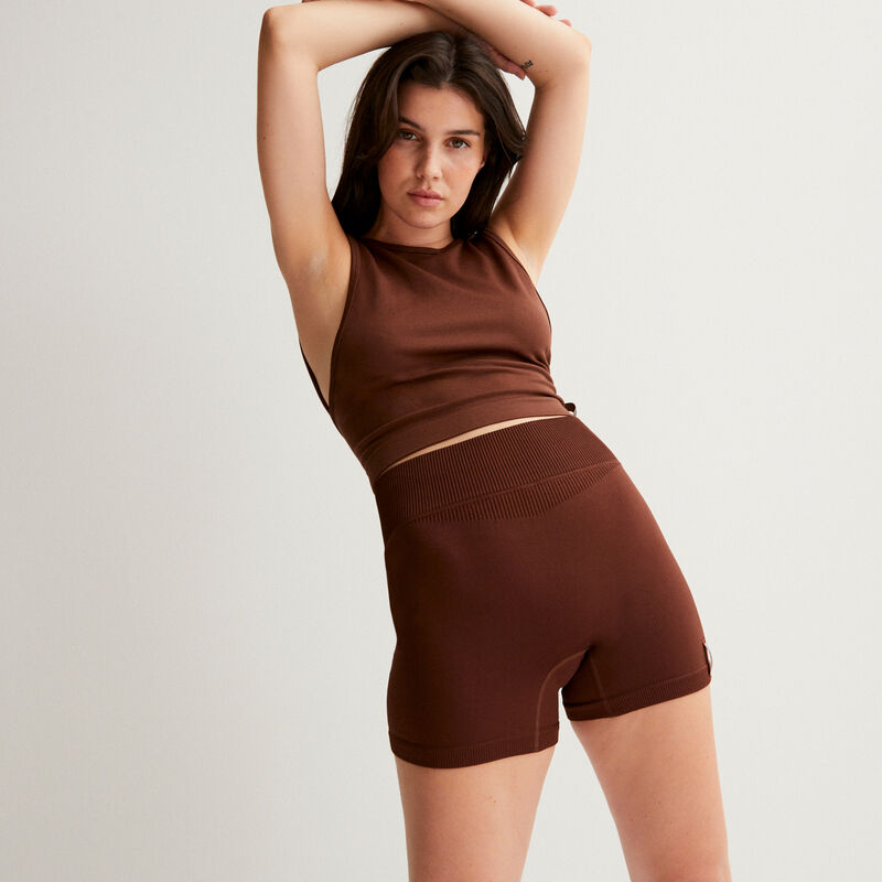 Stretch top with open back - brown;
