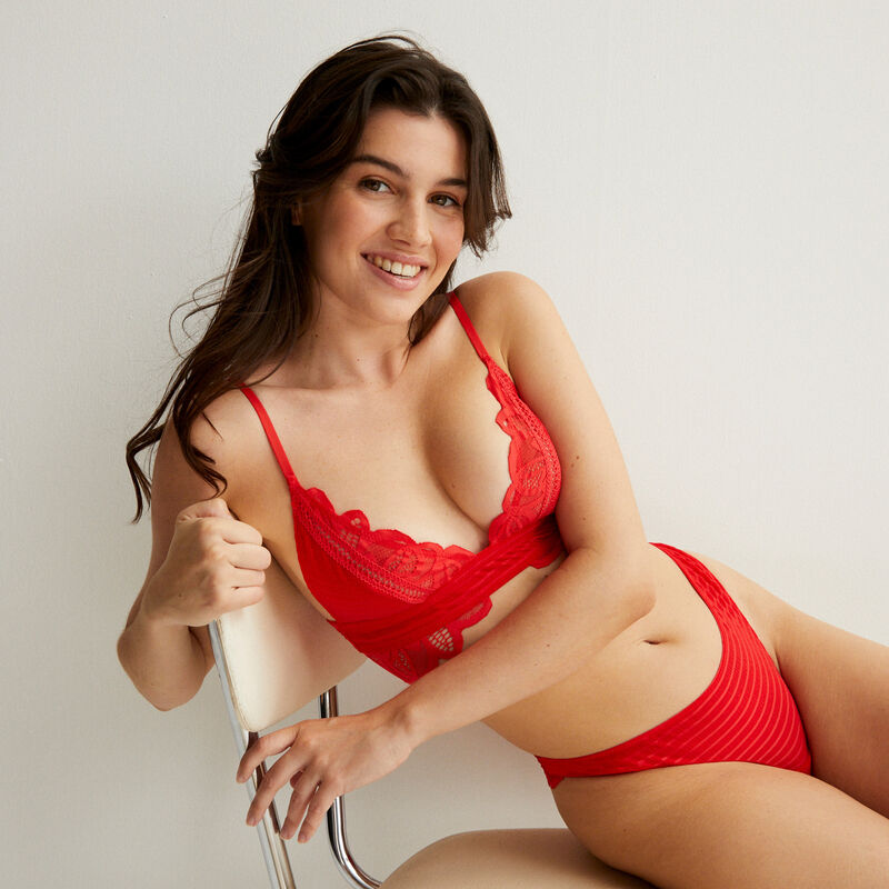 double lace triangle bra - red;
