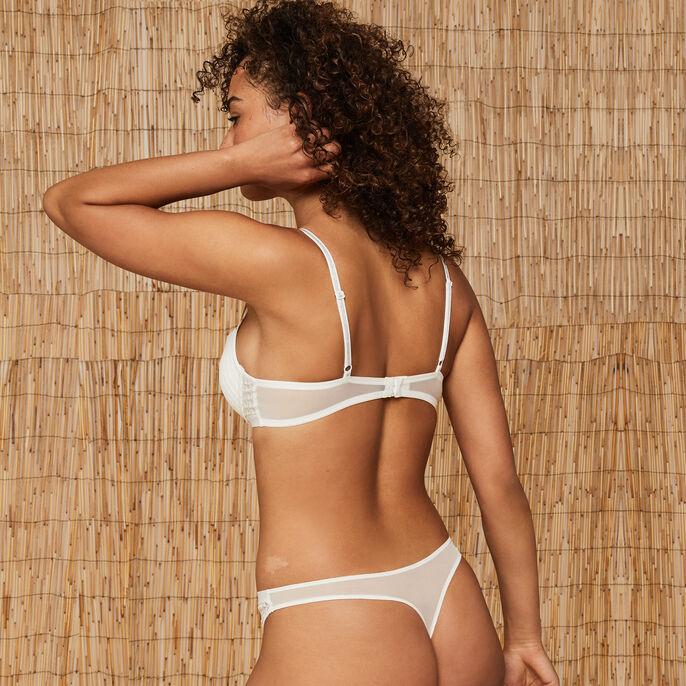 Grapimeshiz white padded bra white.
