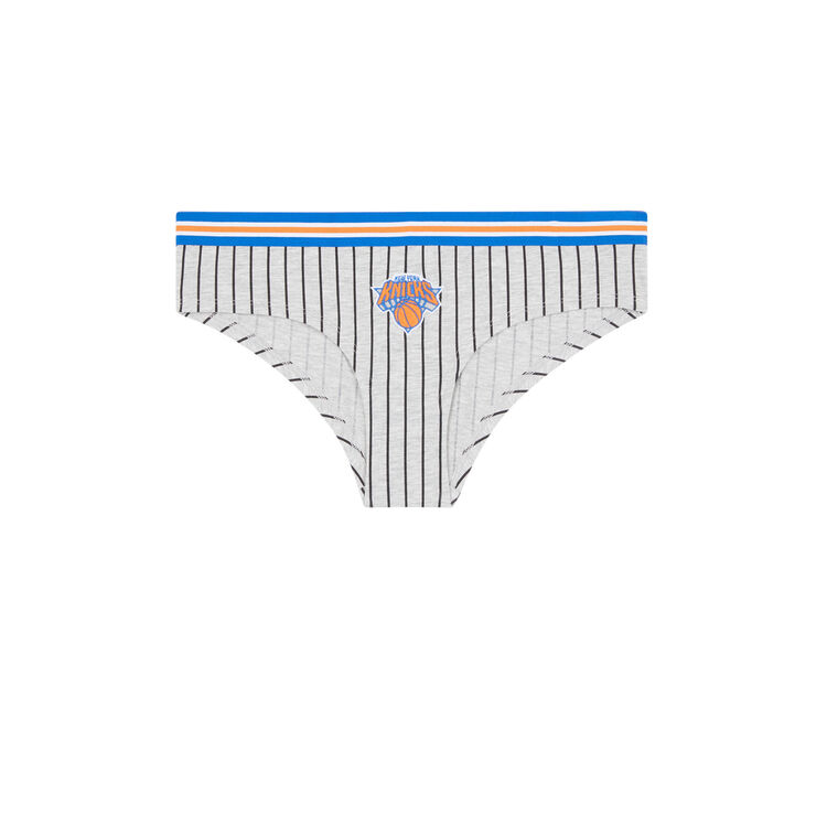 Nicknickiz gray shortie;