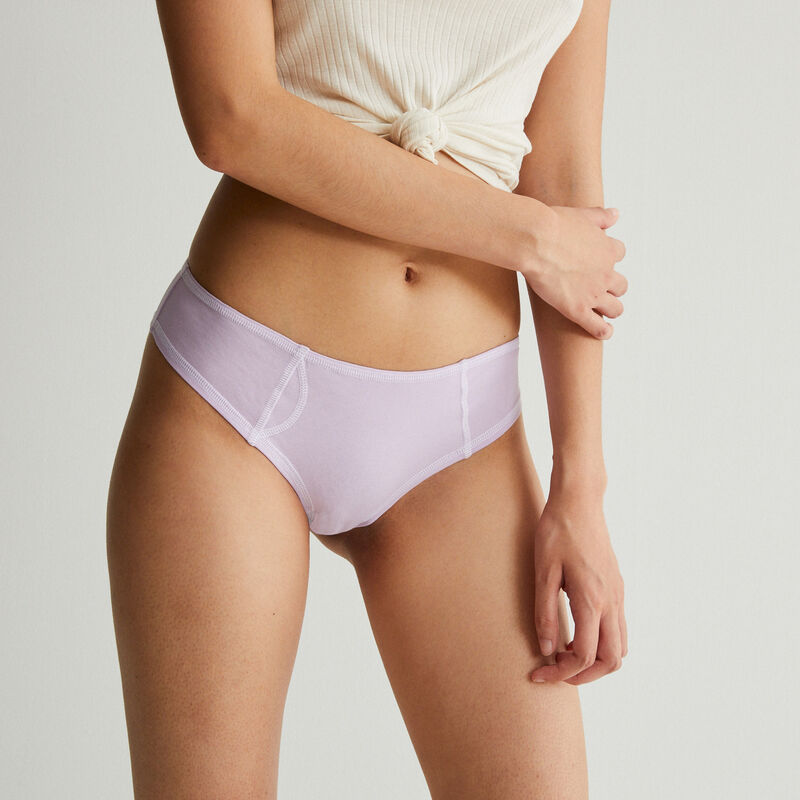 cotton shorty with visible white seams - lilac;