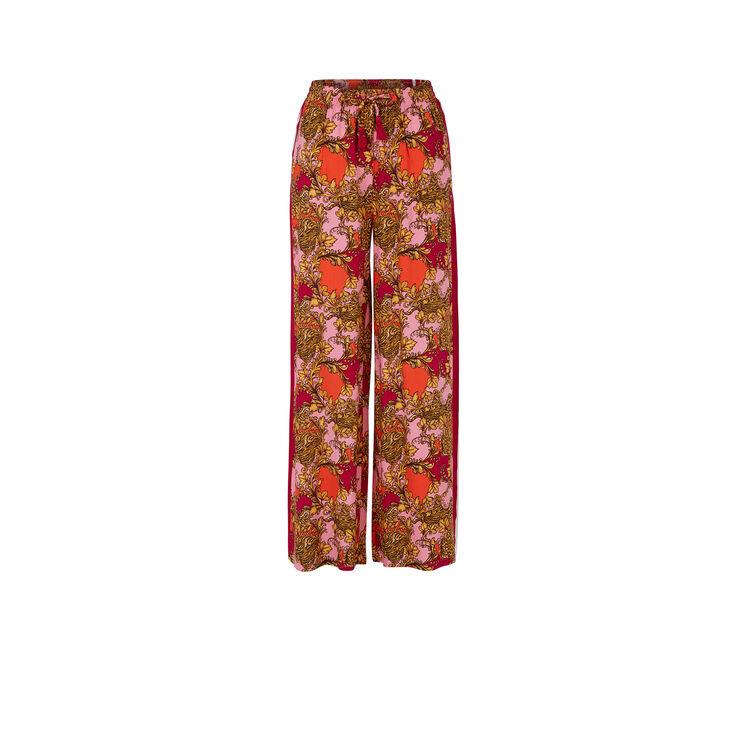 Różowe spodnie barokeiz;