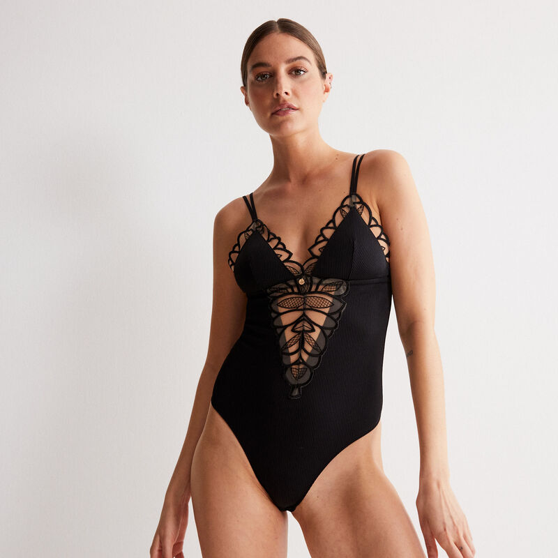 body with flowery embroidery - black;