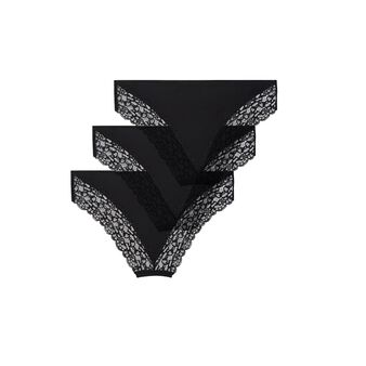 Набор из трех черных трусиков-шорт shomiz black.