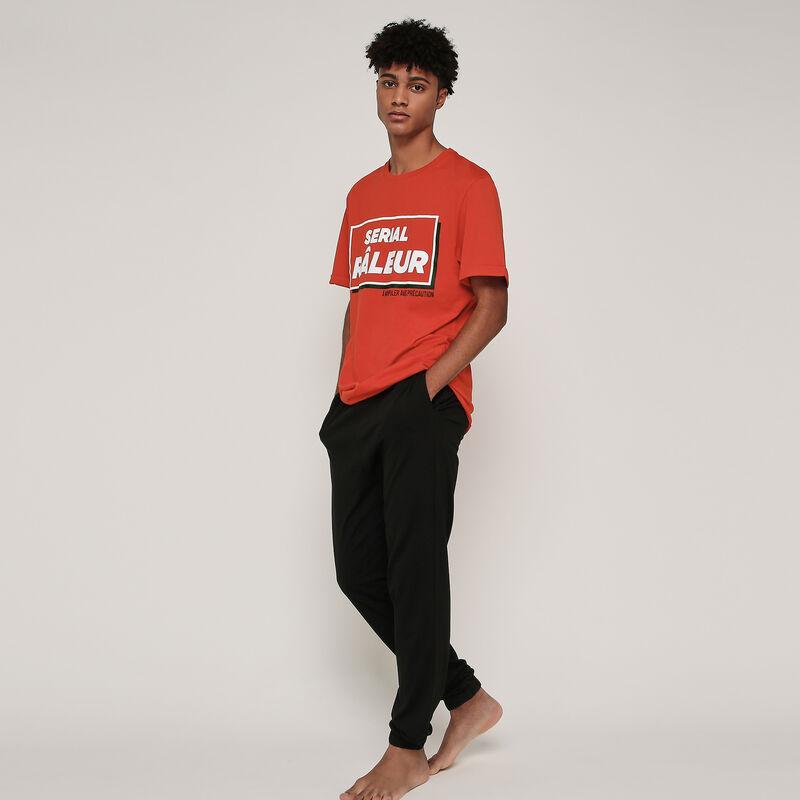 Serializ pyjama top and bottom set;