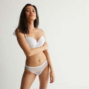 Lace thong with bow detail - white