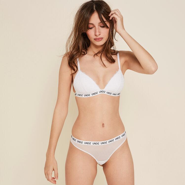 Laciz white triangle bra;