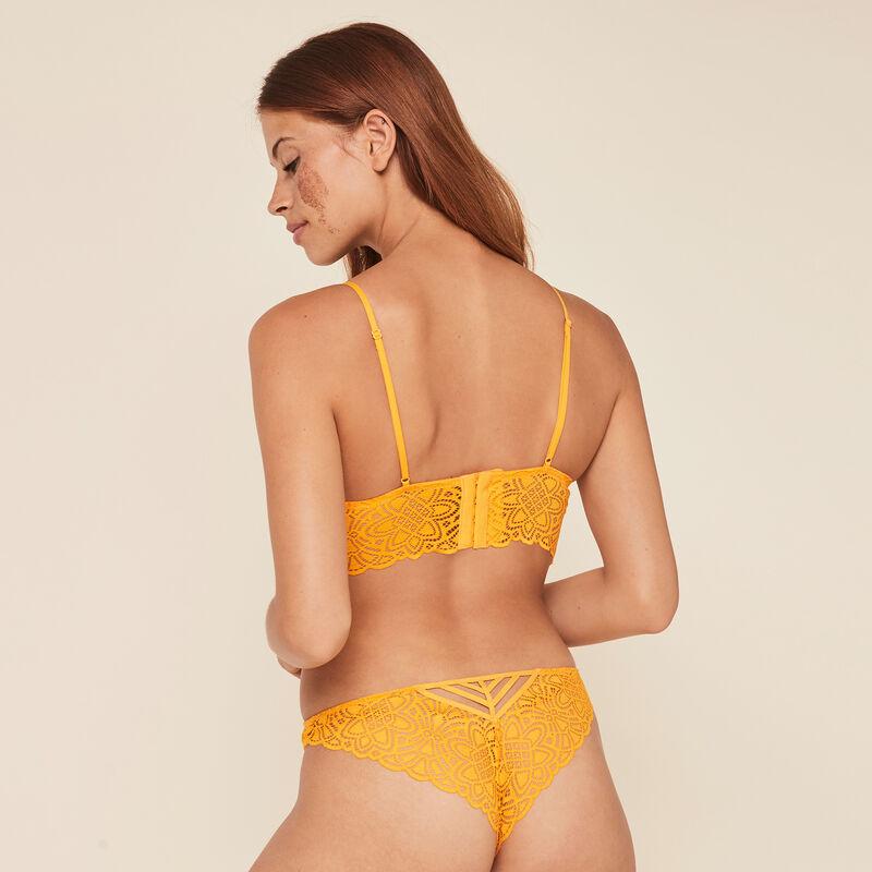 Marceliz lace wire free triangle bra;