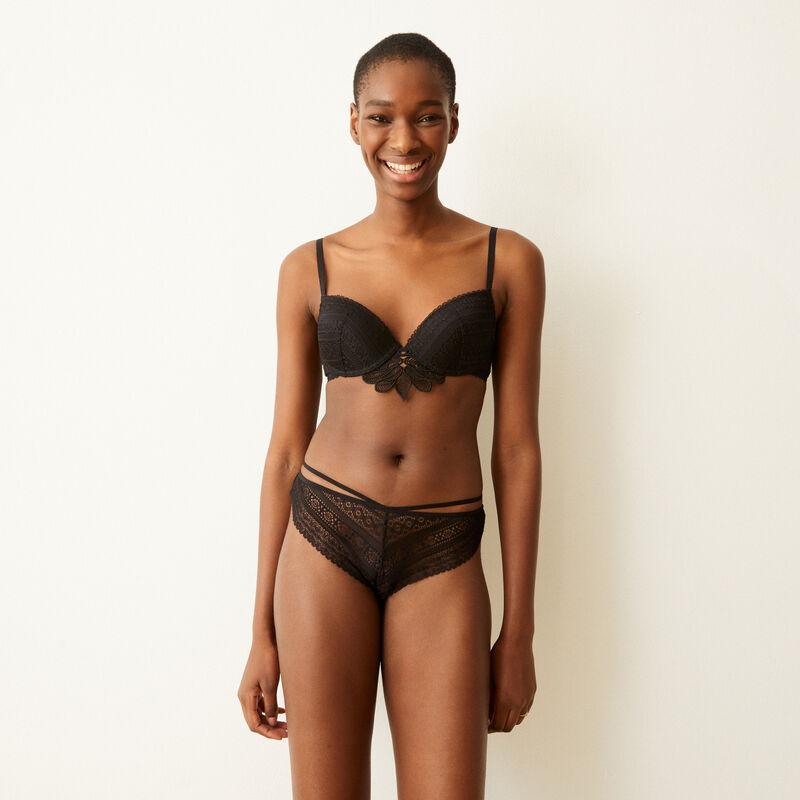 Lace push-up bra - black;
