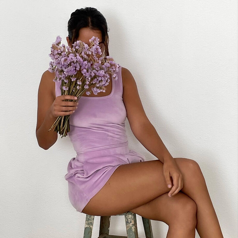 Plain velour shorts - lilac;