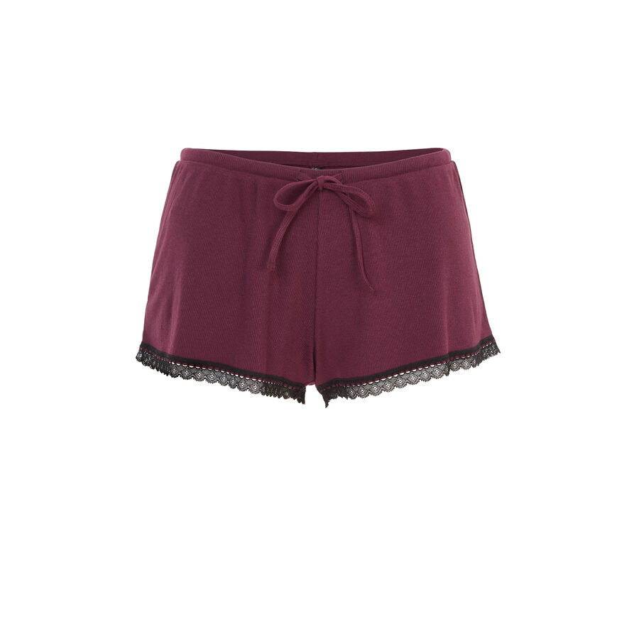 Burgundy savitamiz shorts;
