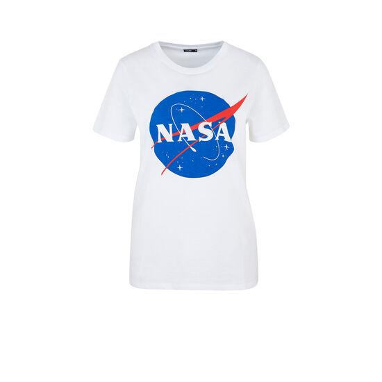 Nasalogiz white top;