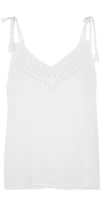 Richeliz off-white top white.