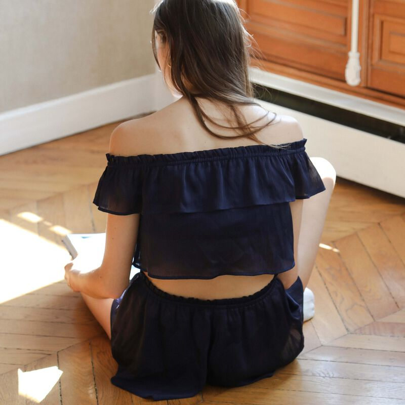 flowing frilled top - blue;