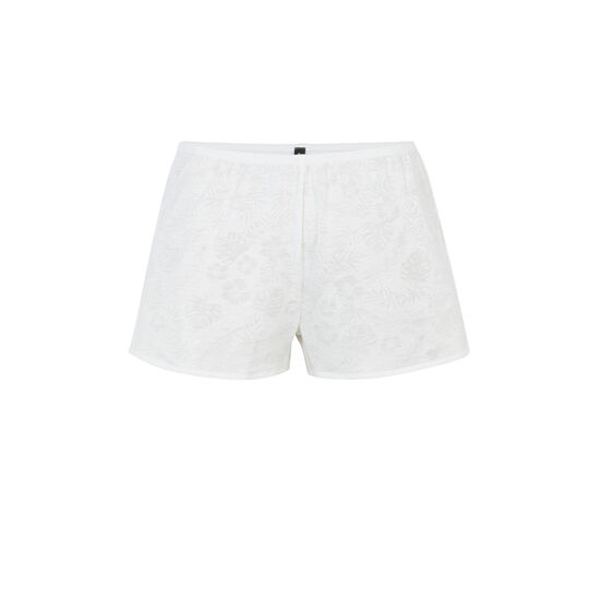 Tropaliz white shorts;