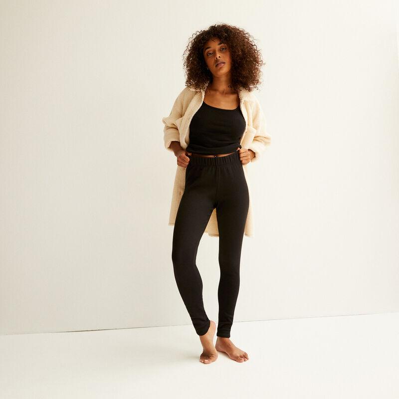 on these fur leggings ;