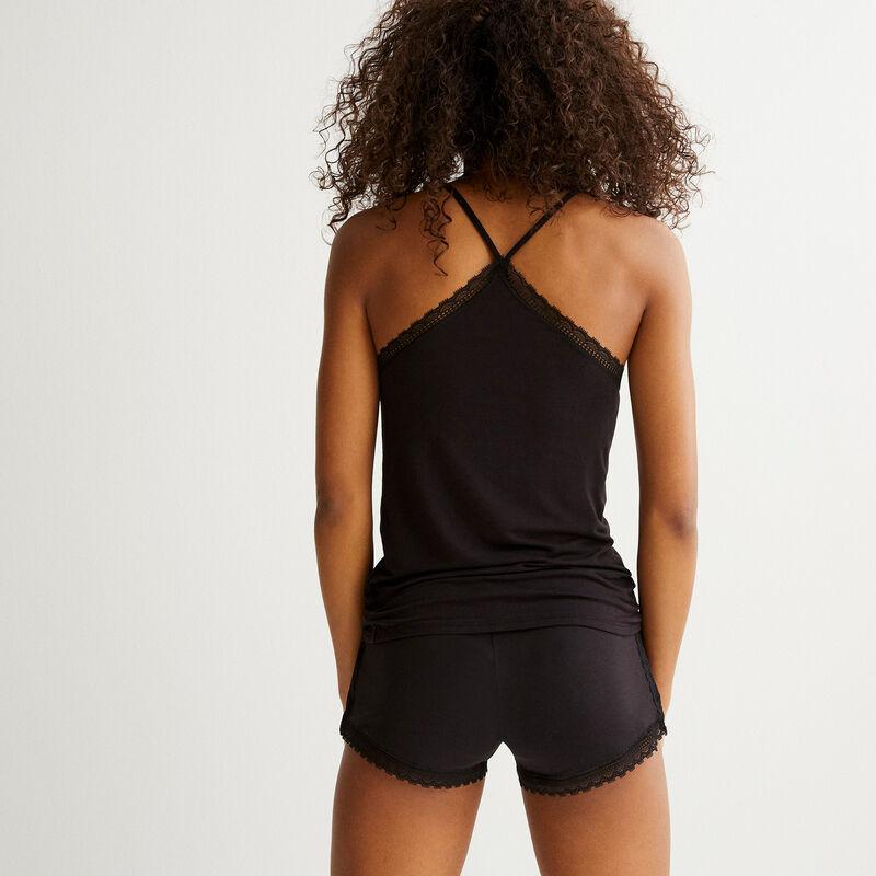 Sidevitamiz shorts;