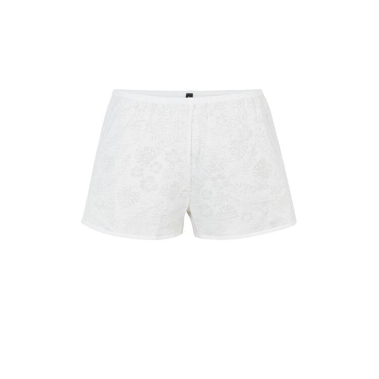 Tropaliz white shorts;