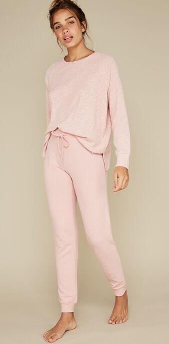 Pink paniliz sweater pink.